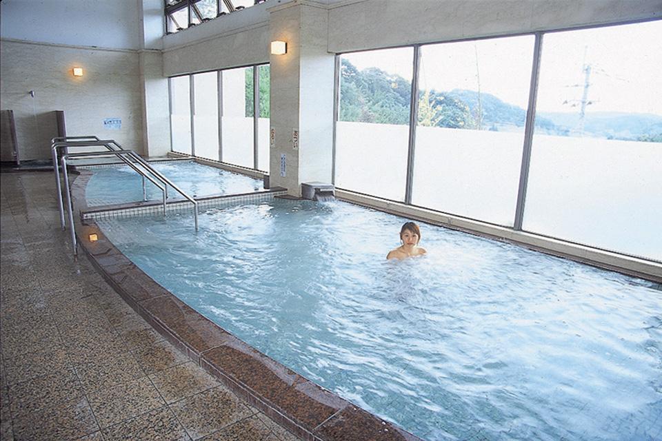 松元平野岡体育館 まつもと温泉