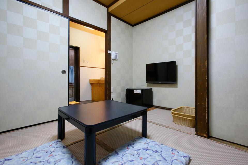 キャプション4_個室風呂_休憩室(和室)