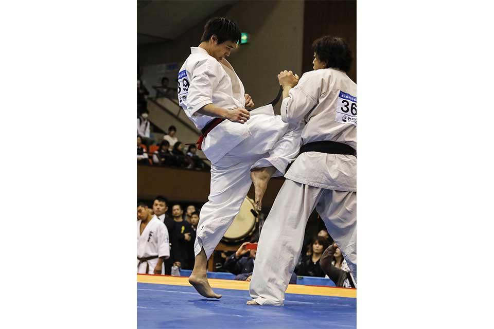 東日本大震災復興支援チャリティー 第6回オープントーナメント 鹿児島県空手道選手権大会