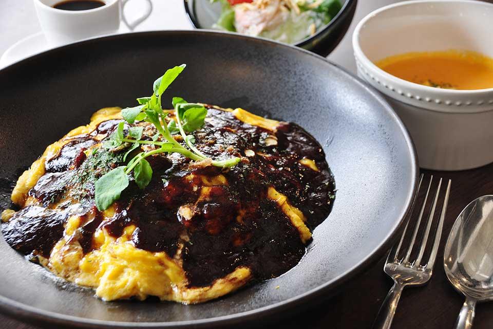 【Suzuna~grill~】名山に新たに登場したランチスポット。食材にこだわった美味な洋食を