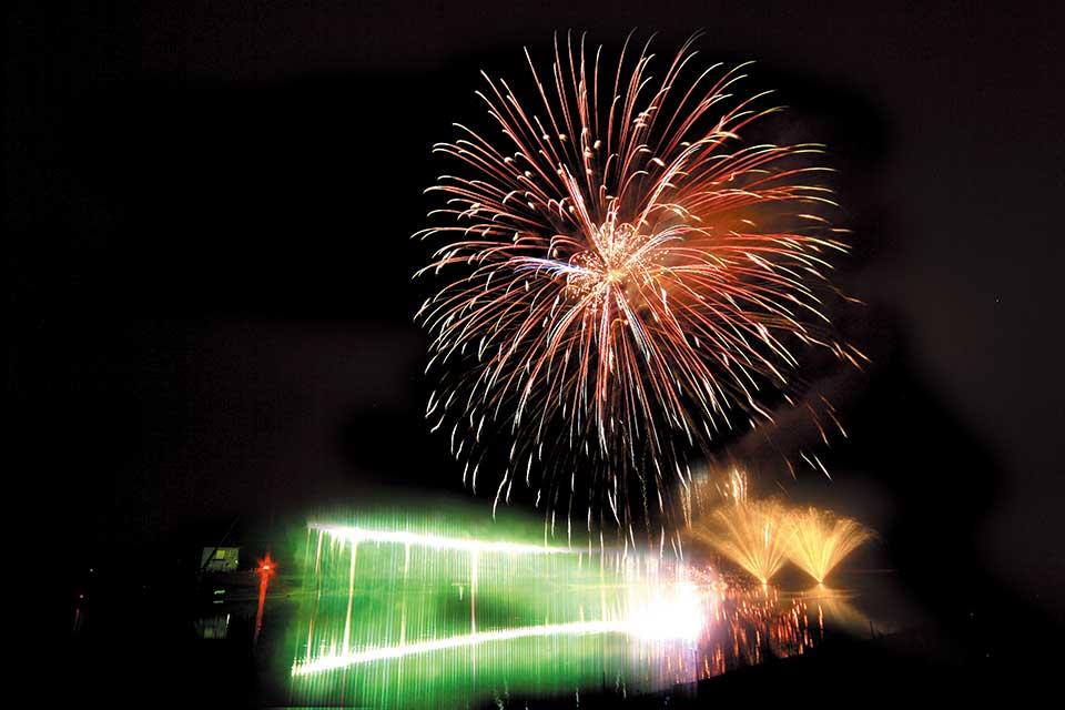 伊佐市制10周年記念 伊佐市夏祭り花火大会